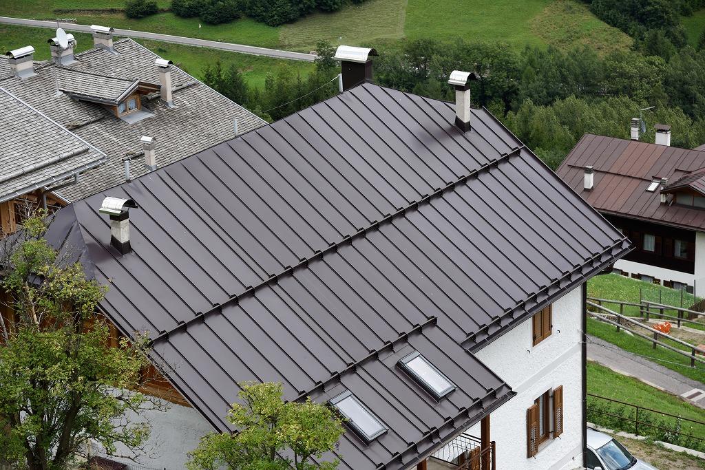 屋根の葺き替え工事が大切なワケ